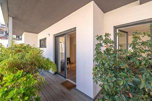 ++NEU++ Hochwertige 3-Zimmer ALTBAUWOHNUNG mit ca. 17m² Balkon, idealer Grundriss!