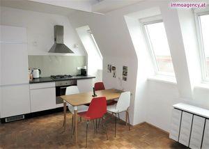 ab 28.08.2021 : Sympathische, ruhige 42m2-Wohnung mit PKW-Stellplatz Nähe Schönbrunn