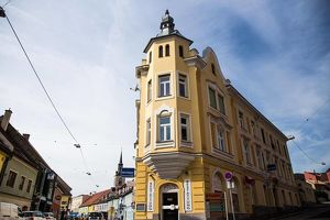 Sehr schönes Stilaltbaueckzinshaus in ausgezeichneter Innenstadtlage