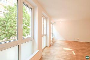 Schön saniertes 2-Zimmer-Apartment mit neuer Küche im Herzen des 7ten