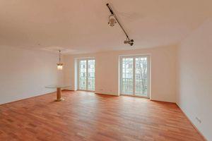 helle, großzügige 2 Zimmer Wohnung + kleiner Balkon beim Beldevere & U1 Taubstummengasse