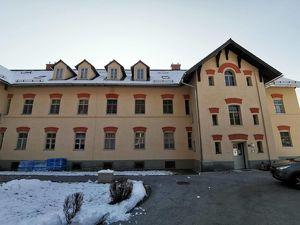 Schöne große 3 Zimmer Genossenschaftswohnung