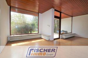 Villa im Stil der 70er Jahre mit 9 Zimmern, großen Terrassen, Altbaumbestand und Doppelgarage/36