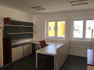 Büro- und Lagerflächen in Traun - teilweise möbliert möglich!