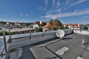 GERSTHOFER COTTAGE: 91 m² DG-WOHNUNG mit 104 m² Terrasse - FERNGRÜNBLICK (N) WIENBLICK (S)