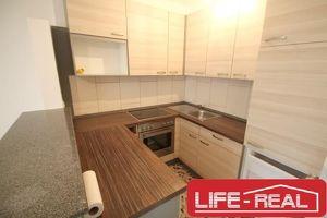 moderne Mietwohnung in TOP-Lage mit Küche