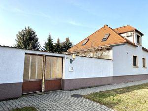 Ausgebautes Familienhaus mit uneinsehbaren Garten in Parndorf