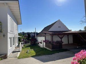 +Liebevolles Ein-/Mehrfamilienhaus in Ruhelage, direkt in Oberpullendorf in sehr gutem Zustand mit bester Infrastruktur! + Garten, Garagen, Nebengebäu