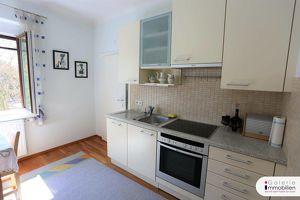 Sanierte 3-Zimmer-Wohnung mit perfektem Grundriss und Blick in den großen Gemeinschaftsgarten