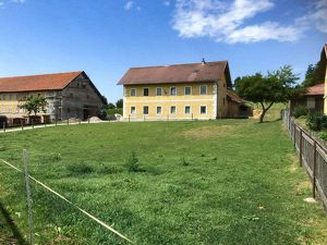 [05765] Kleiner Reiterhof im Wechselland