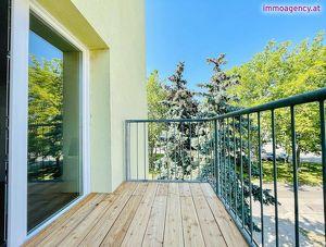MODERNE 3 ZIMMERWOHNUNG mit Balkon in Grünruhelage