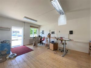 Rund 43 m² große Gewerbefläche im Erdgeschoss mit vielerlei Nutzungsmöglichkeiten zentral gelegen in Gleisdorf zu vermieten