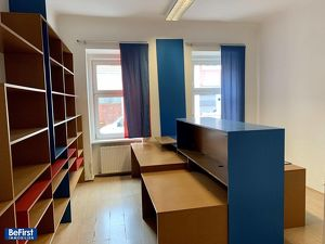 Büro-/Praxisräumlichkeiten in guter Lage