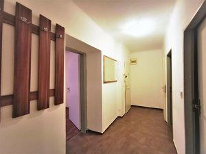 3 Zimmer-Wohnung im Erdgeschoss nahe Gumpendorfer Straße