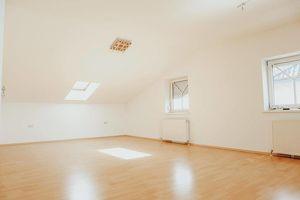 Großzügige Wohnung mit Dachterrasse in Pasching