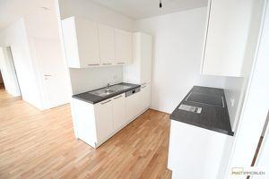 Perfekt aufgeteilte 2 - Zimmer DG Wohnung inkl. EWE Küche & XXL-Terrasse in Spillern bei Stockerau/Wien/Korneuburg.