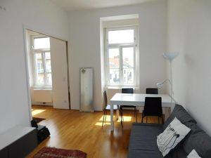 Schöne, ruhige, sonnige Single- oder Pärchen-Wohnung