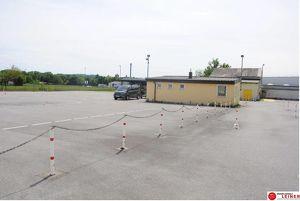 Einzigartiges Betriebsgrundstück in Bruck/Leitha mit Büro, Lager & nahe gelegener Autobahnanschlussstelle