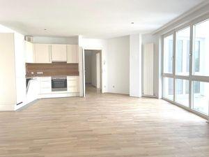 1040! Frisch sanierte 3-Zimmer Wohnung mit Gemeinschaftsterrasse!