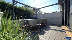 Modernes Haus mit Grünblick in absoluter Ruhelage | ZELLMANN IMMOBILIEN