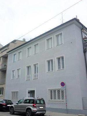 Braunschweiggasse nächst U4, ältere 36m² Neubaumiete plus 5,7m² Gartenterrasse, Erdgeschoss, 3 Jahre