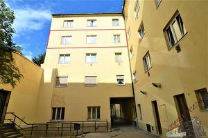 ! ! ! 2- Zimmerwohnung - Zentrum - Ruhig - Sonnig ! ! !