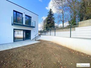 NEUBAU! Schlüsselfertige Doppelhaushälfte mit Garten und Stellplatz - 15 Minuten von Wien