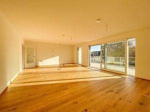 Viel Raum für das ganze Familie nahe Hirschstetten S-Bhf. - Provisionsfrei f. Käufer // Plenty of space for the entire Family