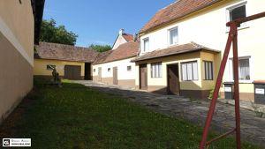 RUHELAGE! - Altes Bauernhaus, 2 Wohneinheiten, Garten mit Altbaumbestand