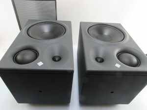 2 x Neumann Aktivboxen KH 310 mit Frontabdeckung GKH 310 Left + Right