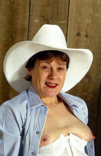 heißer Telefonsex mit der Cowboy Oma