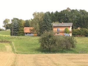 SÜDOSTSTEIERMARK Absolute Alleinlage! Einfamilienhaus mit Kellerstöckl und Nebengebäuden...