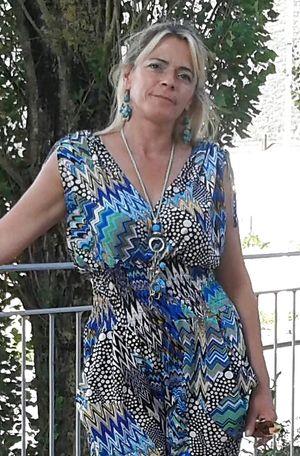 Frisch geschiedene Dreifach-Mami sucht Mann