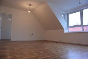 Erstbezug: Dachgeschoss-Maisonetten mit Terrasse!!