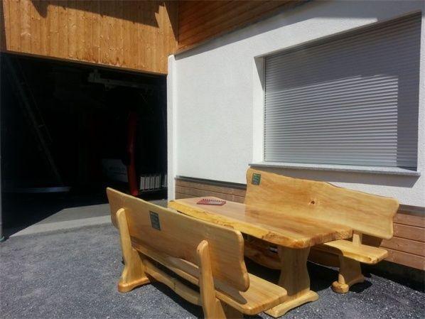 rustikale tische st hle und b nke 9400 wolfsberg reding auf kleinanzeigen. Black Bedroom Furniture Sets. Home Design Ideas
