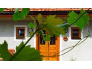 """Weinbau Dietl """"Eschenhof"""" - Urlaub am Winzerhof"""