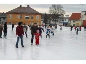 Eislaufplatz Leibnitz - Kunsteislaufbahn