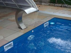 Schwimmbad nutzen statt putzen!