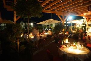 Stimmungsvolle Sommerparty bei Garten Kochauf