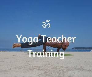 200h Yogalehrer-Ausbildung mit indischem Yogalehrer