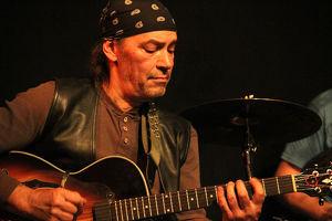 Latin Fusion mit José Teran und Band