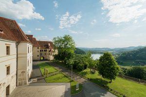 SCHLOSS SEGGAU - Mittwoch-Abend-Führung durch das Schloss, die Kapellen & die Prunkräume